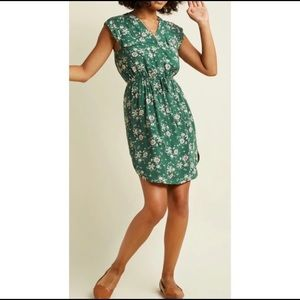 ModCloth's Sunny Girl green floral dress